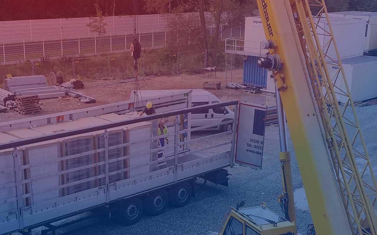 RZ-Transport: SIEWO bringt Ihr RZ sicher von A nach B.